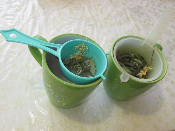 Čaj z vlastných byliniek