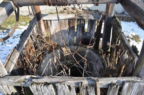 stará studňa